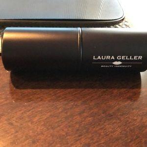 Laura geller makeup powder brush